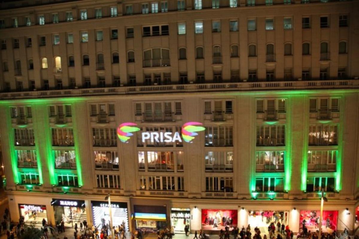 Logotipo de Prisa en una de sus sedes.