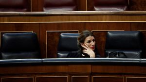 La ministra de Trabajo, Yolanda Díaz, durante una votación en el Congreso de los Diputados.