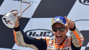 Marc Márquez (Repsol-Honda) consigue la décima victoria en el GP de Alemania.