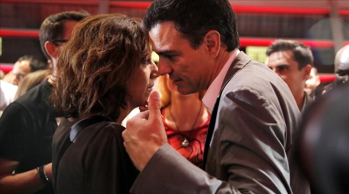Irene Lozano y Pedro Sánchez, durante un acto del PSOE el pasado noviembre.