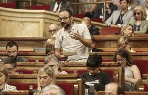 El diputado de la CUP, Benet Salellas, en el Parlament.