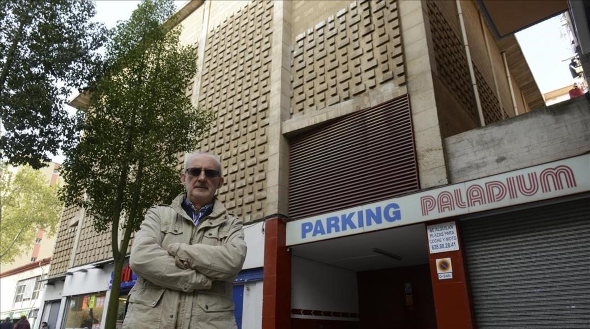 Roberto Lahuerta, en el barrio de la Guineueta, en el lugar donde estaba el cine Palladium.