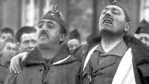 Franco y Millán-Astray entonan cánticos legionarios en 1926