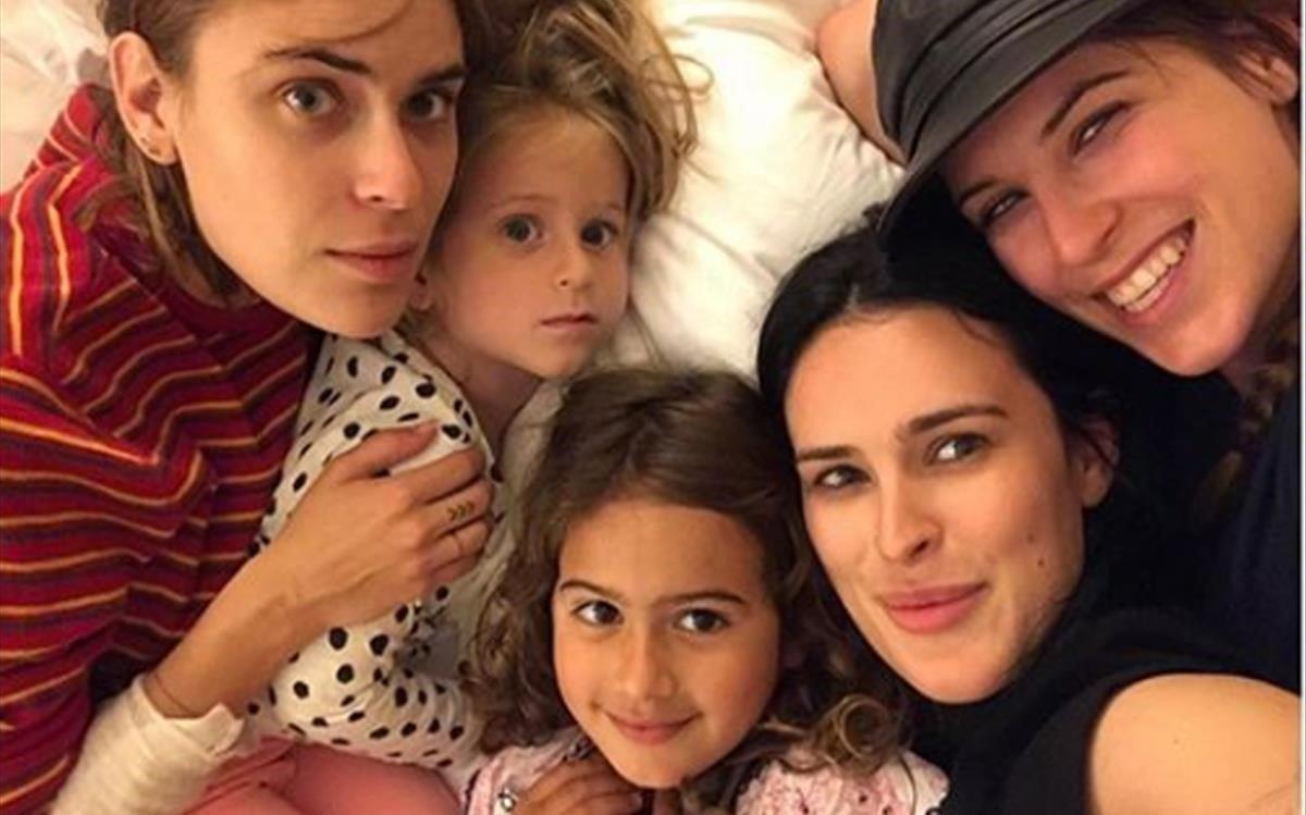 Les cinc filles de Bruce Willis, juntes en una foto