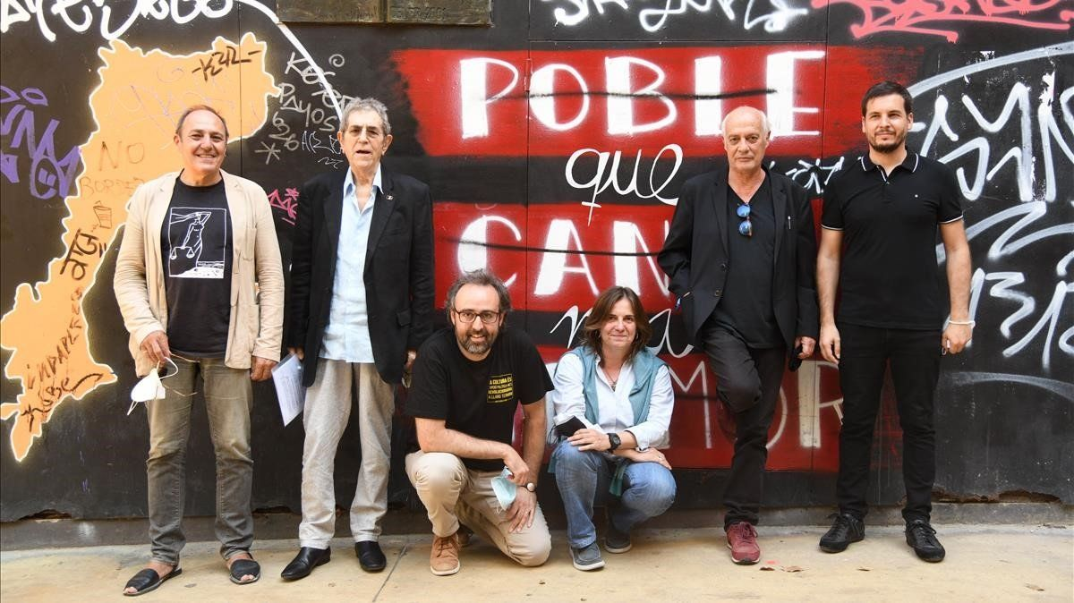 De izquierda a derecha: Pere Camps, Quico Pi de la Serra, Roger Mas, Sílvia Comes, Joan Isaac y Pau Alabajos.