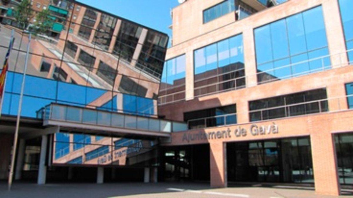 Fachada del Ayuntamiento de Gavà.