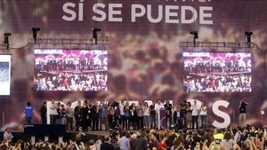 Primera asamblea ciudadana de Podemos, en Vistalegre (Madrid), el 18 de octubre de 2014.