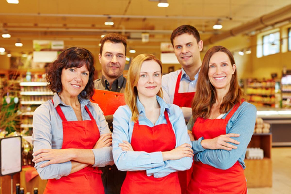 Ofertas de empleo en Barcelona para personal de hostelería y supermercados
