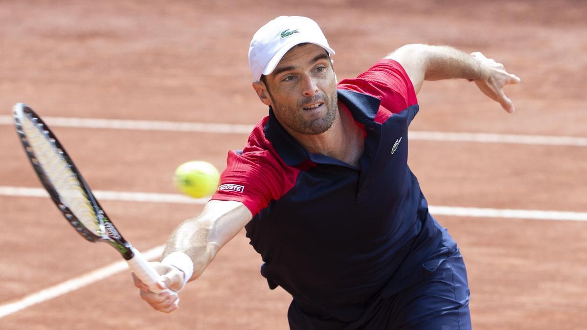 Andújar amarga el nou retorn de Federer