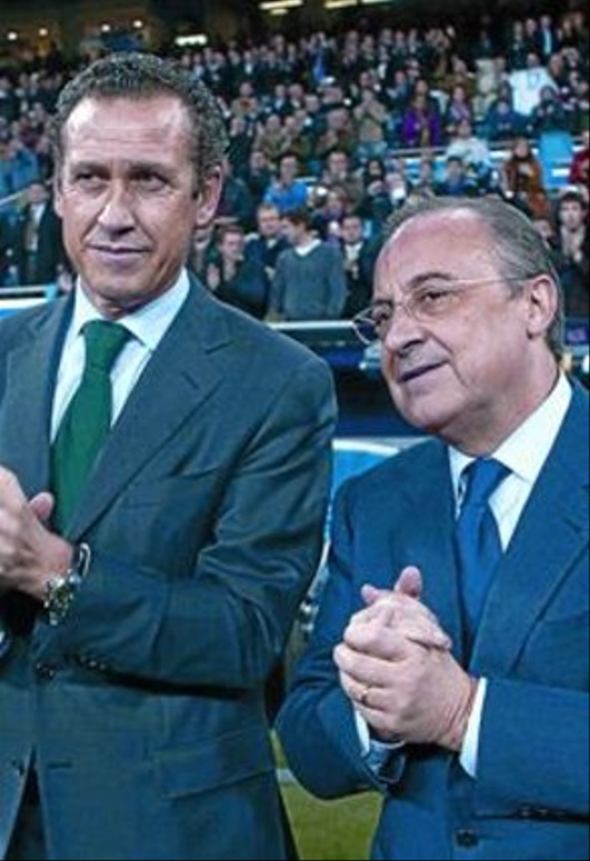 Valdano y Florentino, antes de un partido en el Bernabéu.
