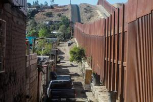 El muro fronterizo entre México y EEUU.