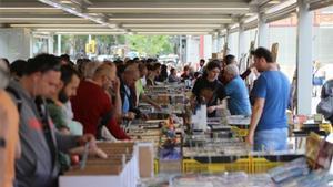 Estreno del mercado dominical de Sant Antoni.