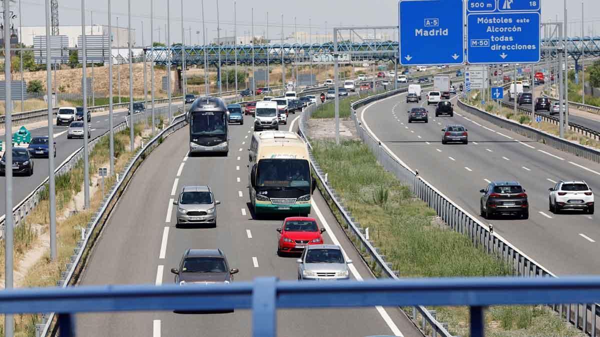 La carretera nacional V en sentido salida de Madrid, el 1 de julio, primer día de operación salida de verano.