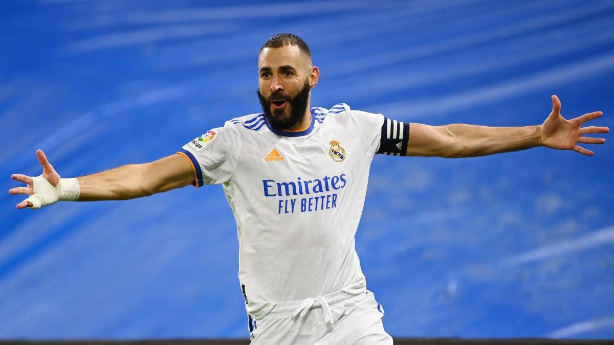 Benzema celebra uno de sus goles ante el Mallorca.