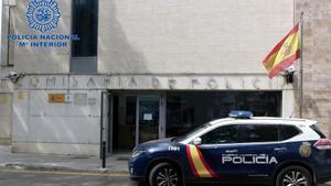 Detenido un hombre por contagiar de covid a 22 personas en Mallorca.