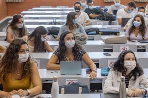 Imagen de alumnos universitarios valencianos.