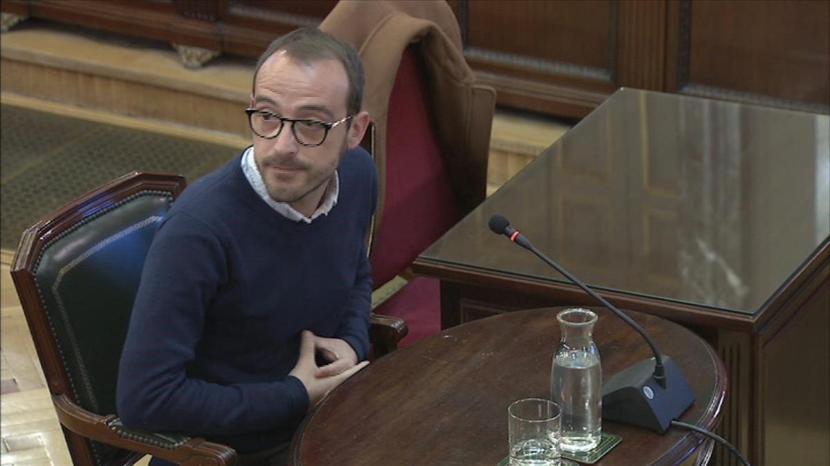 El responsable de Difusió Institucional de la Generalitat, Jaume Mestre, durante su testificación en el juicio del 'procés'.