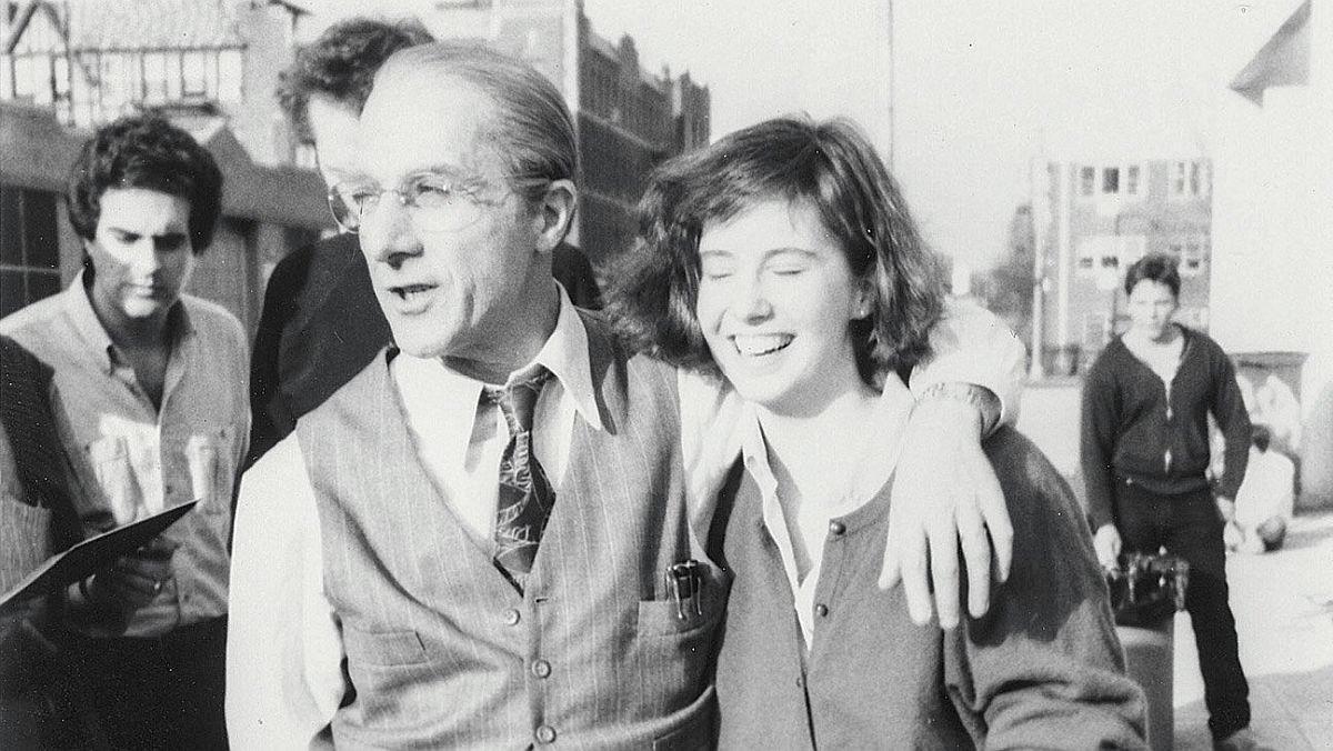 Dustin Hoffman y Anna Graham Hunter, en la fotografía que encabeza el artículo de la autora en The Hollywood Reporter.
