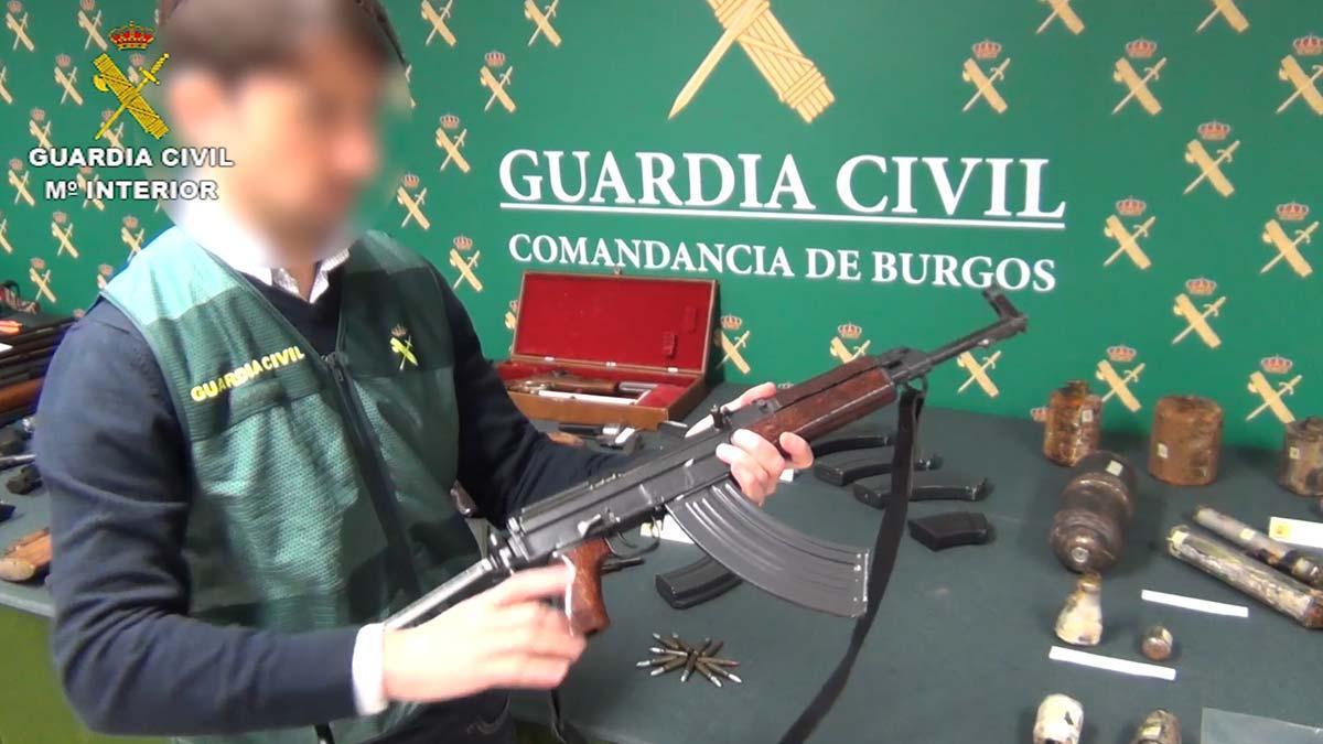 Detenido un coleccionista de armas en Burgos.