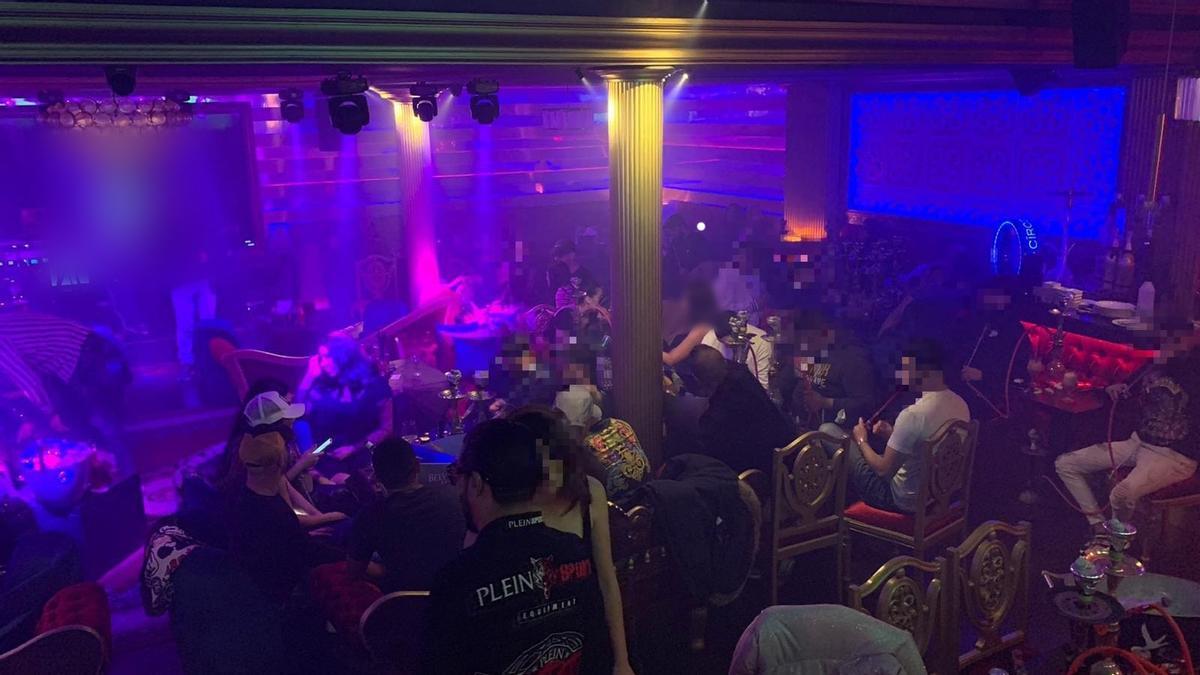 Desallotjades 135 persones en una festa en una discoteca de l'Eixample de Barcelona