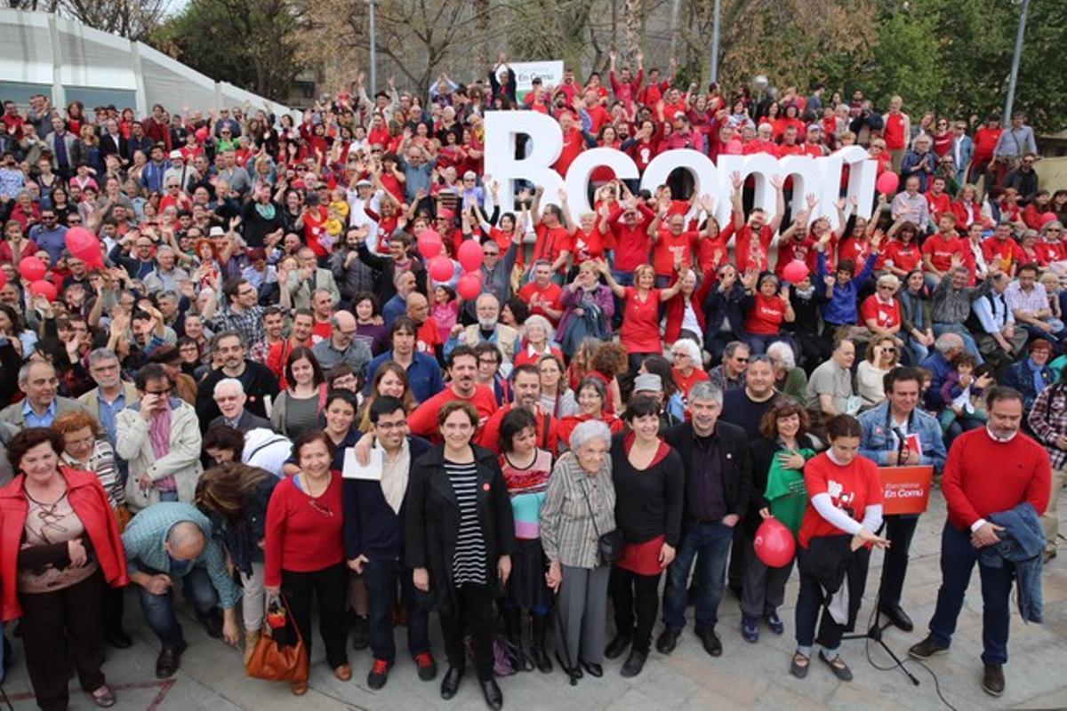Foto de un acto de campaña en Nou Barris de Barcelona en Comú.