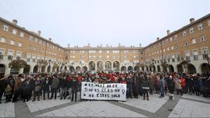 Concentración contra la violencia machista en Orkoien (Navarra), este lunes.