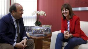 Idoia Mendia (PSE) y Miquel Iceta (PSC) se han reunido en Blbao para analizar la situación política de Euskadi y Catalunya