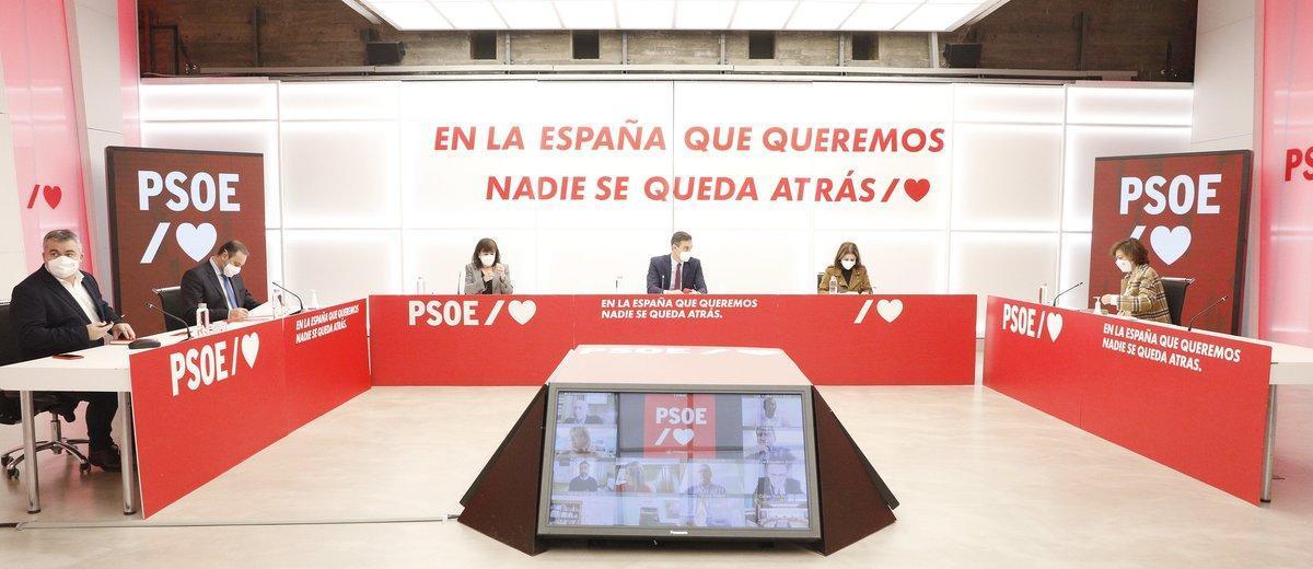 El presidente del Gobierno y secretario general de los socialistas, Pedro Sánchez, durante la reunión de la ejecutiva del PSOE de este 16 de noviembre, en Ferraz.