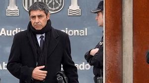 El mayor Josep Lluís Trapero sale de la Audiencia Nacional, el pasado 20 de enero.