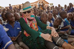 Madonna, en noviembre del 2014, en Malaui.