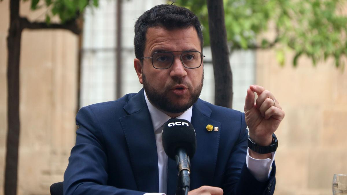 """Aragonès habla con Sánchez y ofrece Catalunya para acoger a tantos refugiados afganos """"como haga falta"""""""
