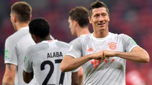 Lewandowski celebra uno de sus goles.