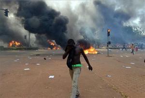 Disturbios en Uagadugu, la capital de Burkina Faso.