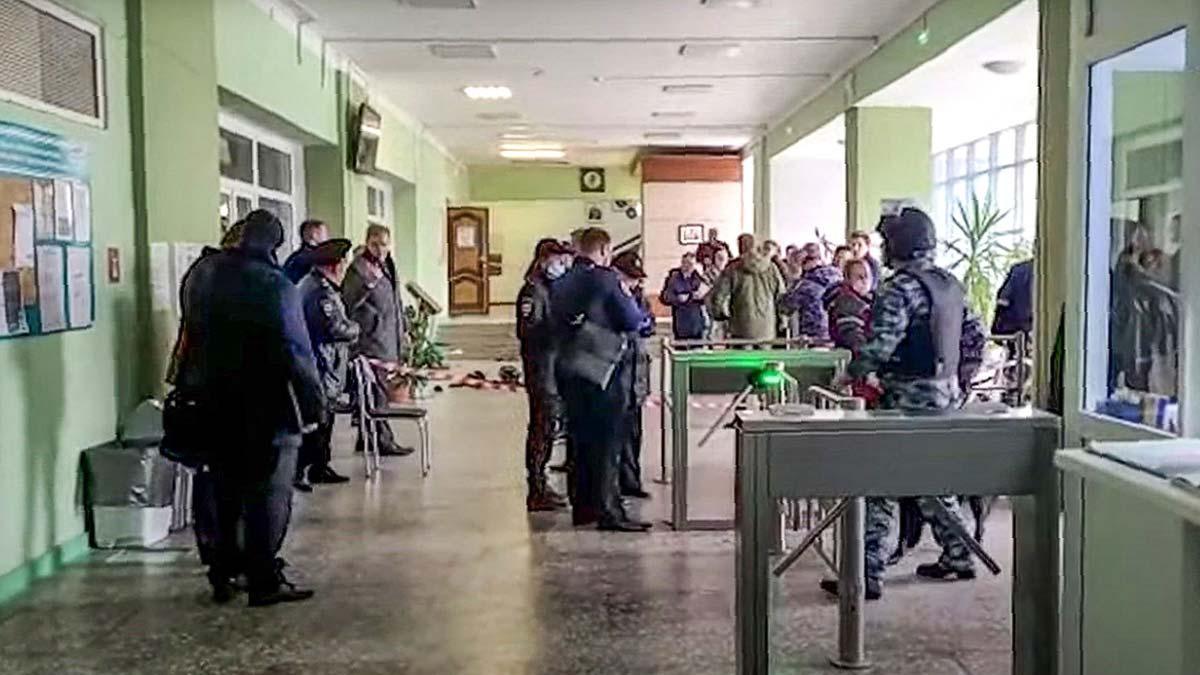 Un alumno de una universidad rusa acaba con la vida de al menos ocho personas.