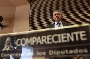 Jose Angel Fuentes Gago se prepara para su comparecencia.