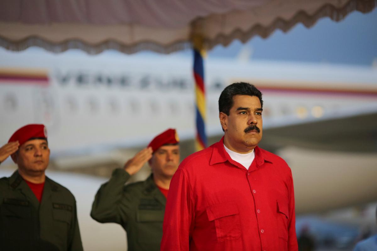 El presidente de Venezuela, Nicolás Maduro, en el aeropuerto de Caracas.
