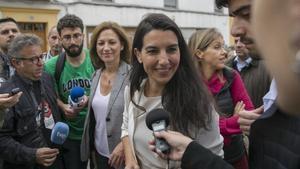 La Fiscalia de Madrid culpa alguns polítics de l'assetjament als menes