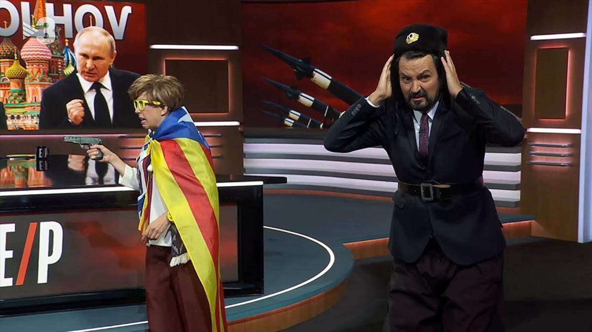 El cosaco y la bolchevique ('Està passant').