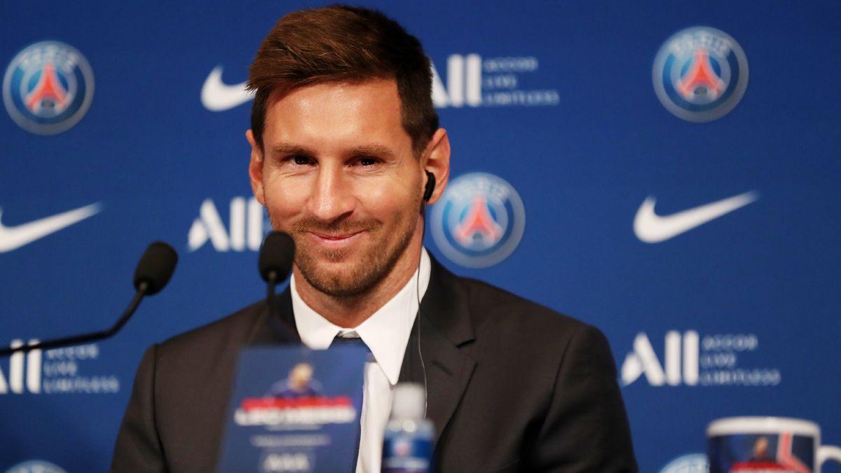 """Messi:""""Mi sueño es volver a levantar otra Champions y creo que he venido al lugar ideal para conseguirlo""""."""