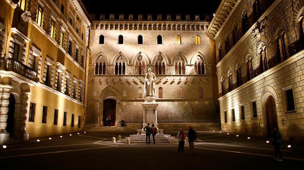 Imagen de archivo del centro de Siena.