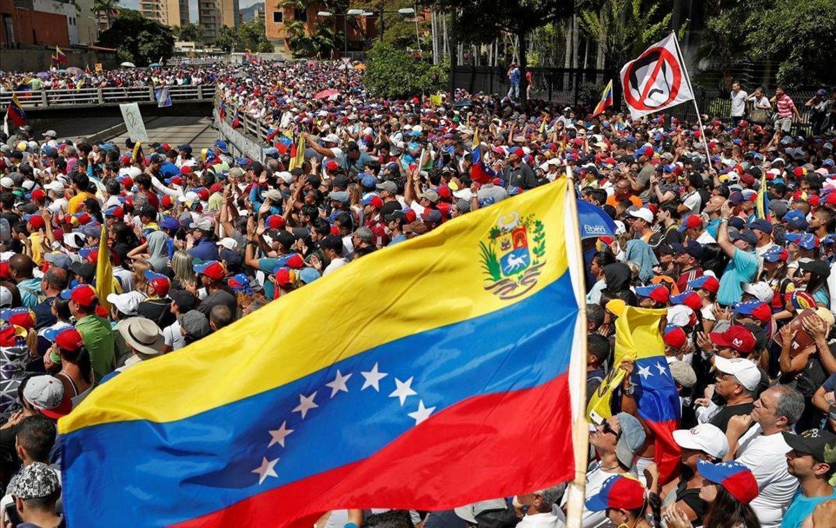Partidarios de la oposición, en una protesta contra el Gobierno de Nicolás Maduro.