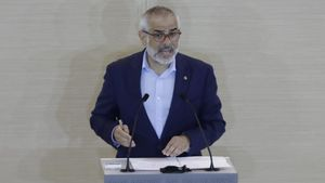 El líder de Ciutadans en el Parlament, Carlos Carrizosa, durante el debate de investidura de Pere Aragonès.