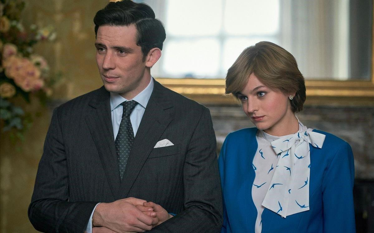 El actor Josh O Connoren el papel del príncipe Carlosy la actriz Emma Corrin,como la princesa Diana.