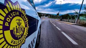 Coche patrulla de la Policía Local de València.