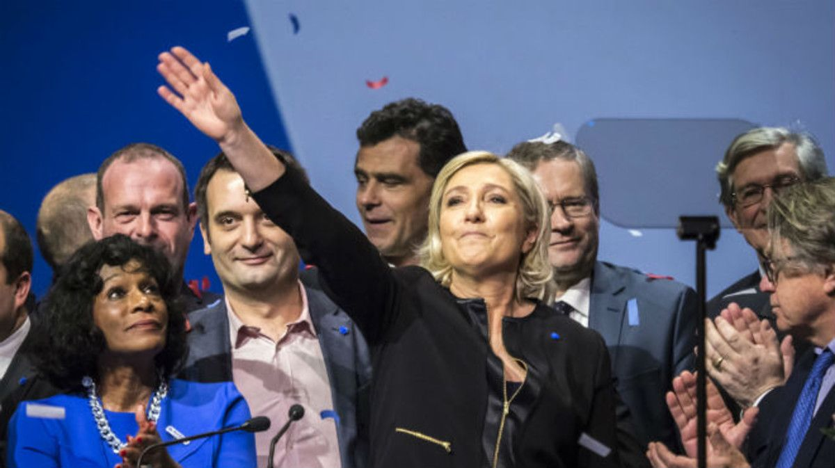 Marine Le Pen, en unmitinen Lyón.