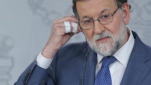 Rajoy dona marge a Cifuentes a l'assenyalar els currículums inflats de l'oposició