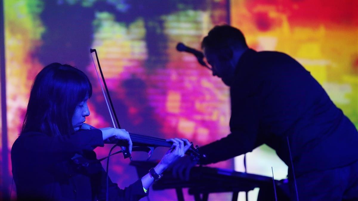 Actuación en Tangerine Dream en el festival Mira, en el 2018.