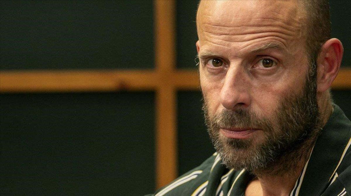 El actor Eduard Farelo, Miquel en la serie 'Com si fos ahir' (TV-3).
