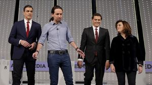 Pedro Sánchez, Pablo Iglesias, Albert Rivera y Soraya Sáenz de Santamaría, en el debate de Antena 3 y La Sexta.