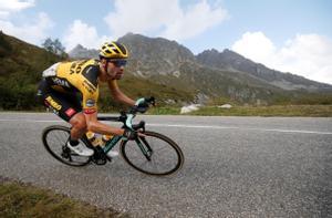 Tom Dumoulin, durante la etapa reina del Tour 2020, camino del col de la Loze.